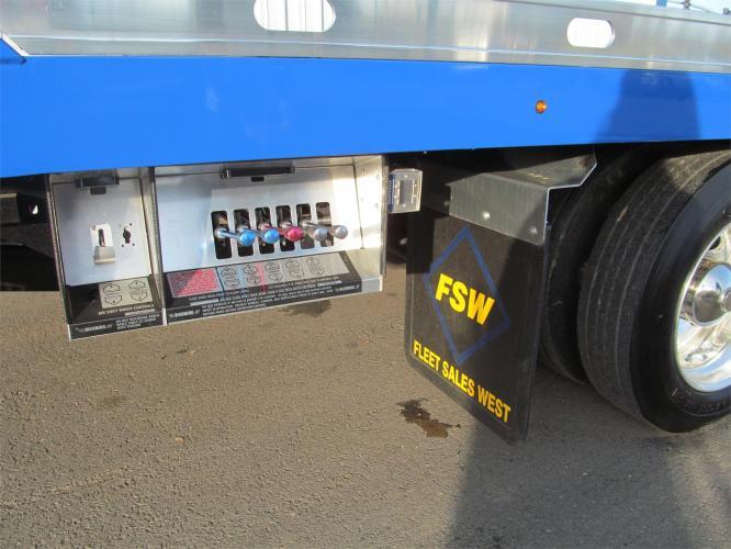 FORD F750 XLT