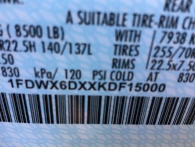FORD F650 XL SD