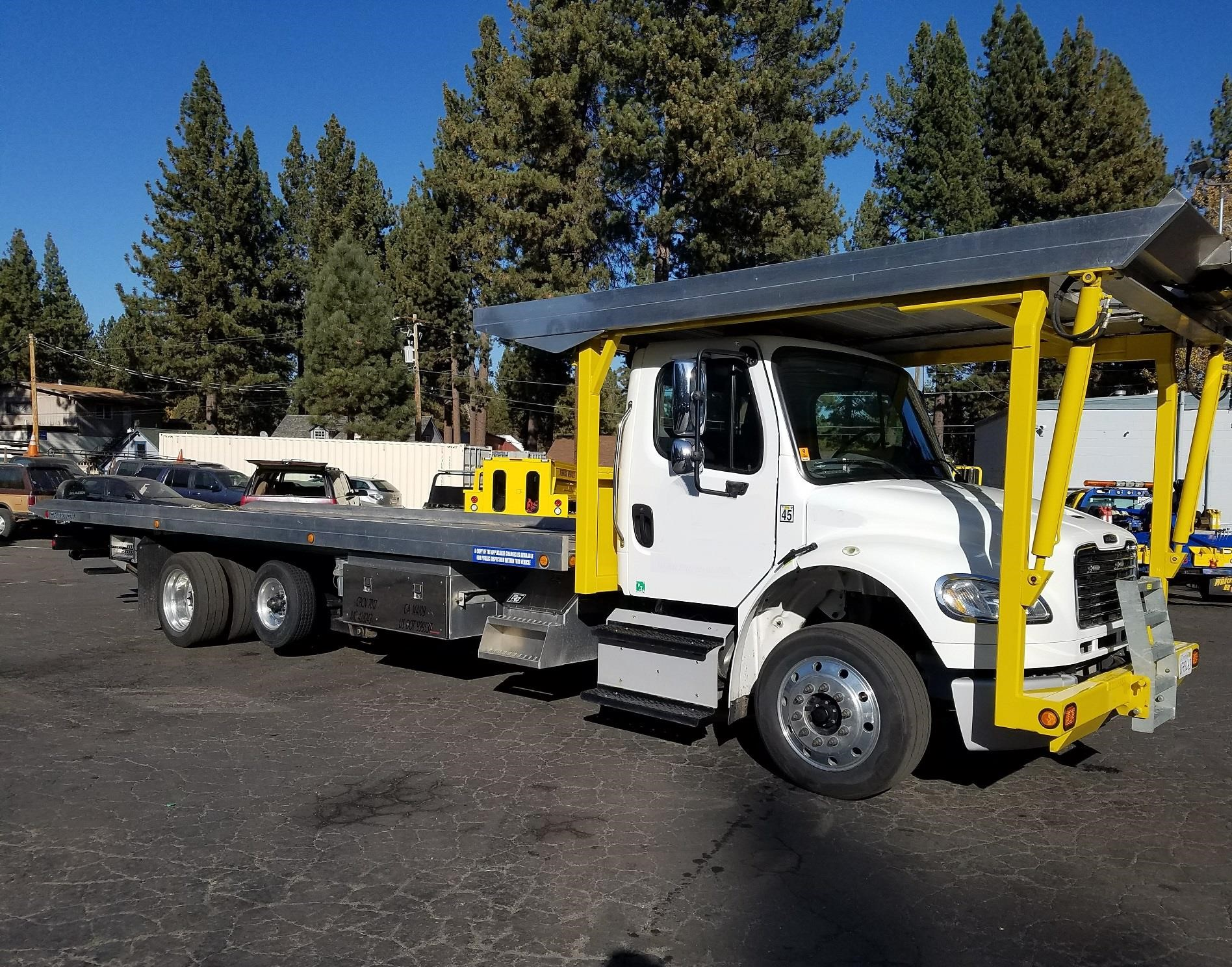 2017 FREIGHTLINER BUSINESS CLASS M2 106V