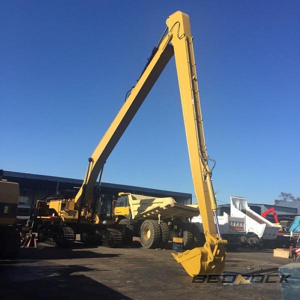 HW Attachments Long Reach fits CAT 390D Excavator