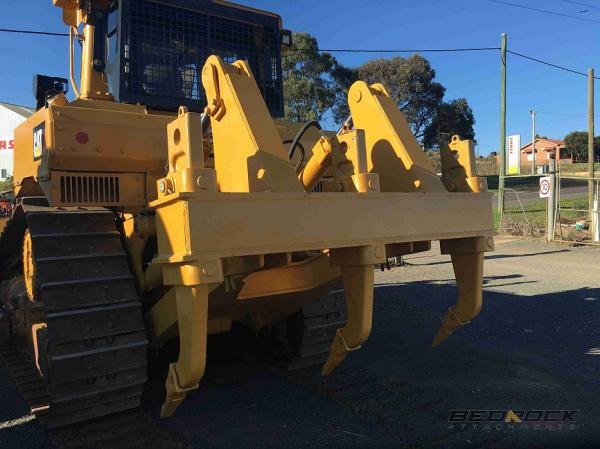 Bedrock 4 BBL MS Ripper fits CAT D7R D7H Bulldozer