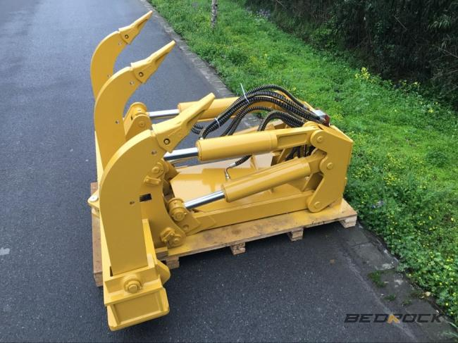 4 BBL MS Ripper fits Komatsu D65 Bulldozer