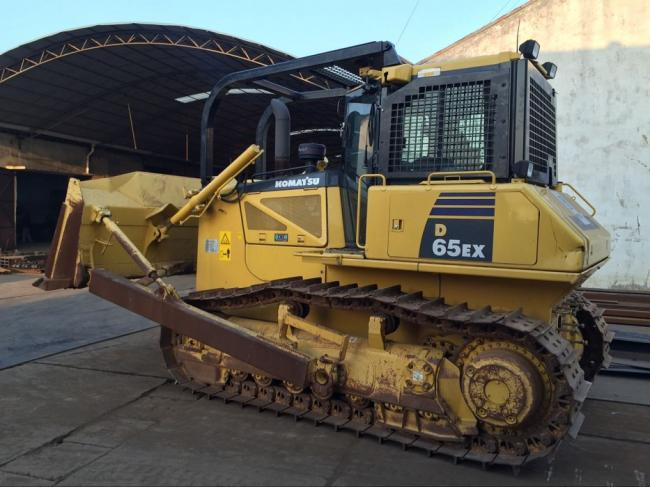 Screens and Sweeps for KOMATSU D65 Bulldozer