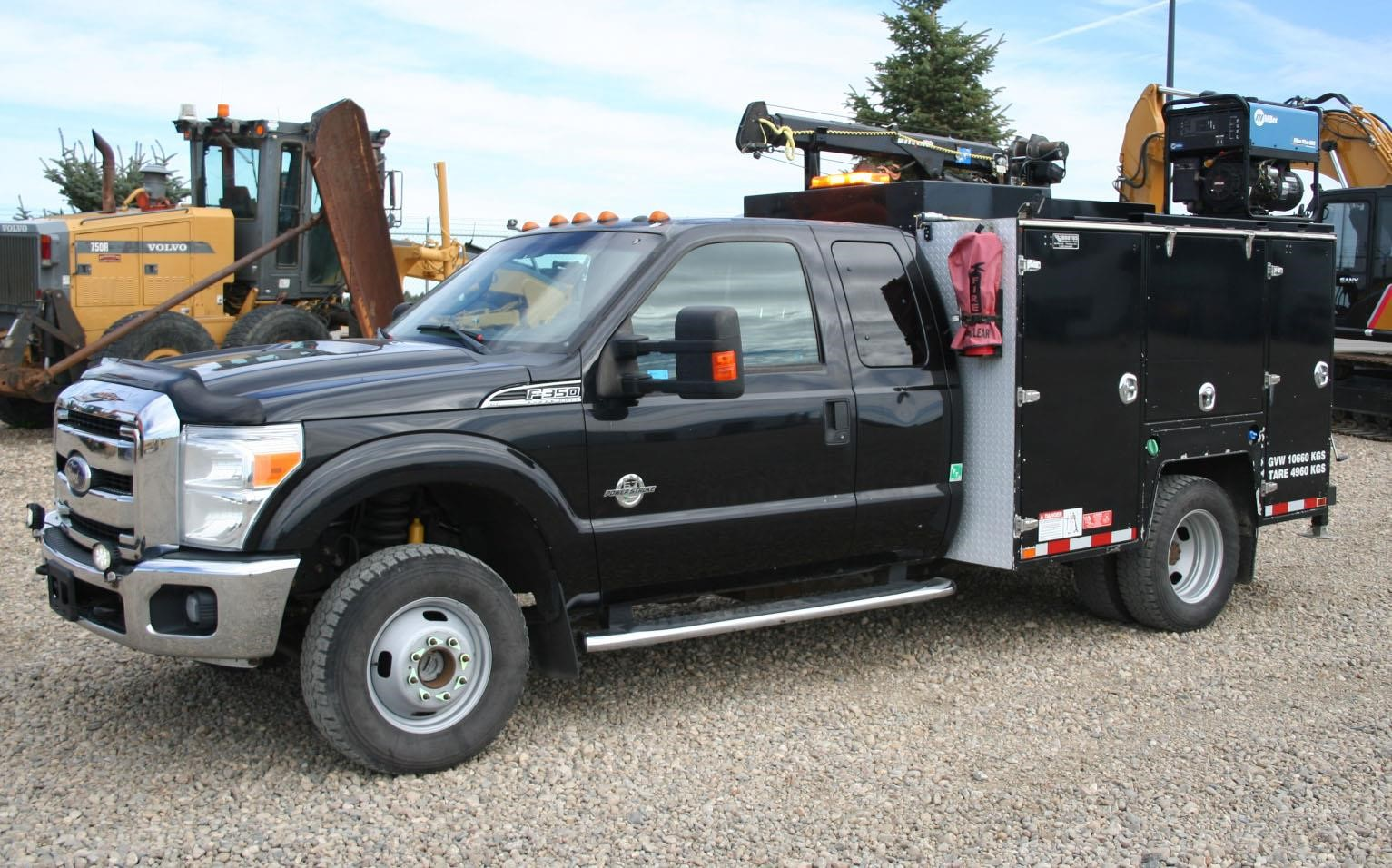 2011 FORD F350 SD XLT