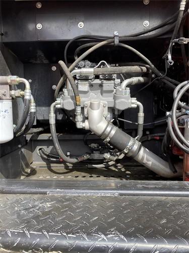 HITACHI ZX250 LC-5N