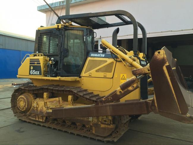 Screens and Sweeps for KOMATSU D65 Bulldozer