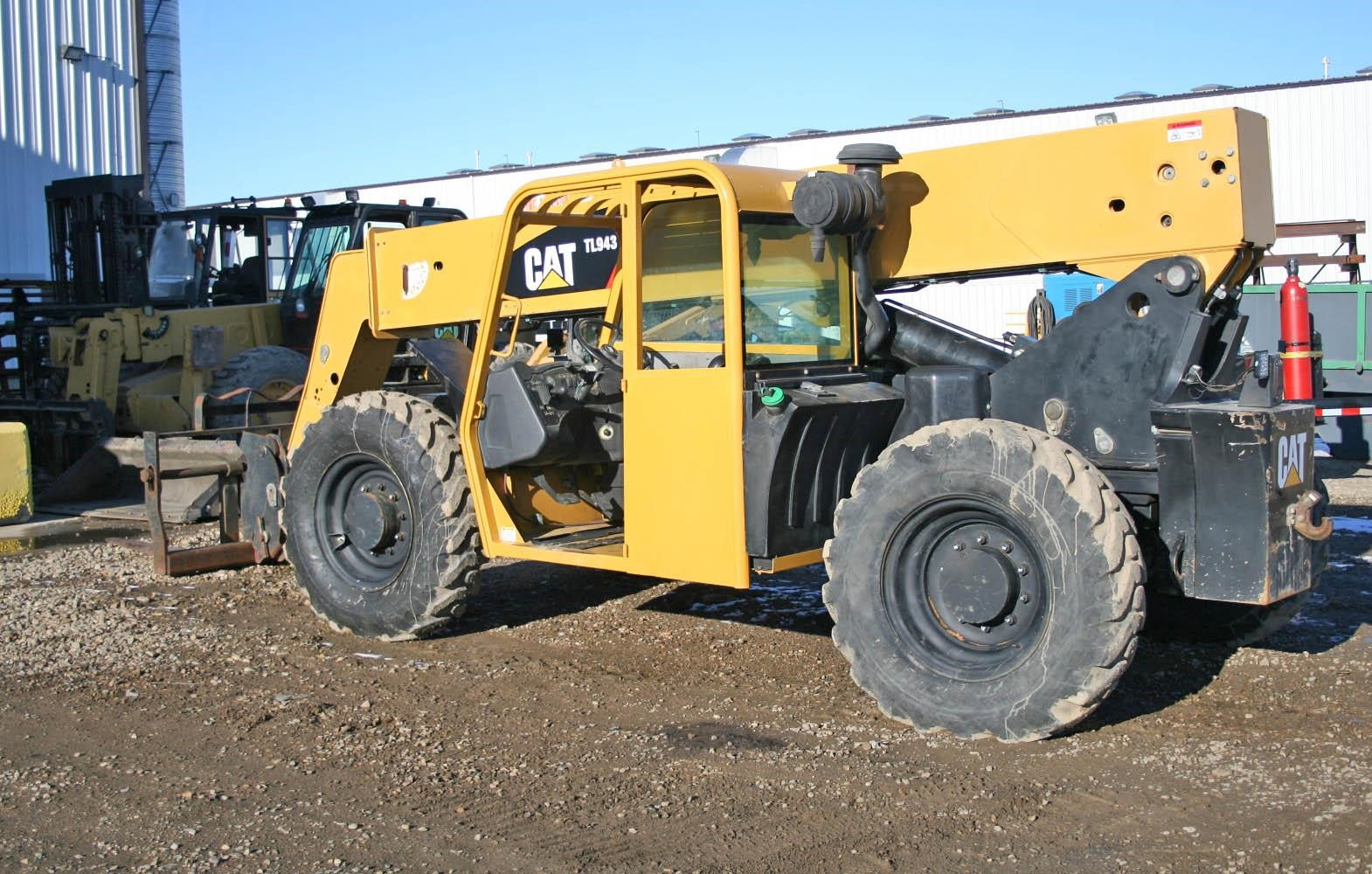2007 CATERPILLAR TL943
