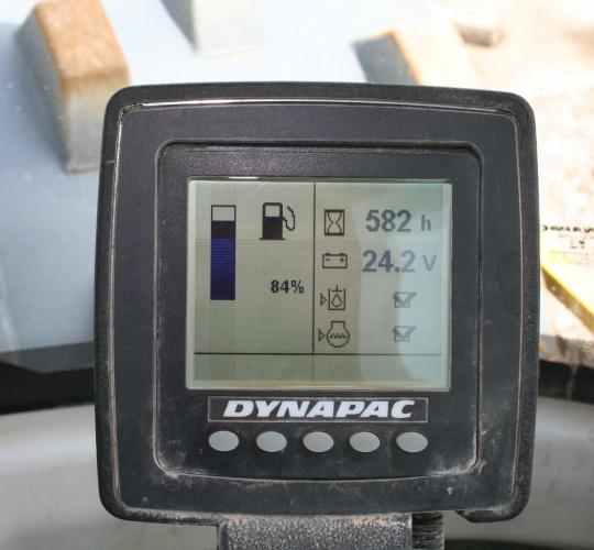 DYNAPAC CA2500D