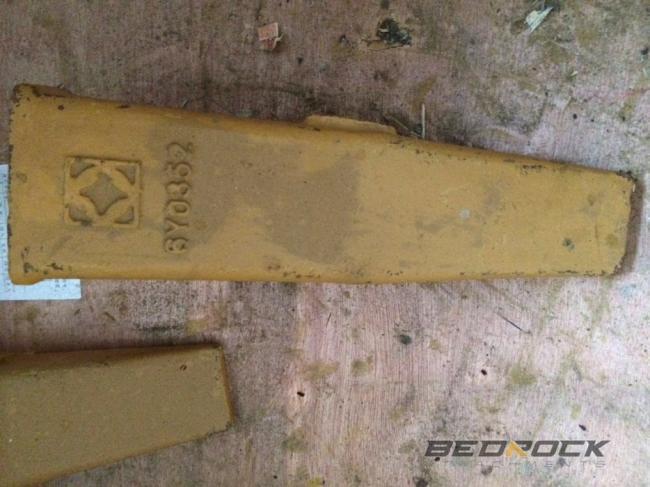 Shank Teeth 6Y0352B fits CAT D6R D6T D6H Ripper
