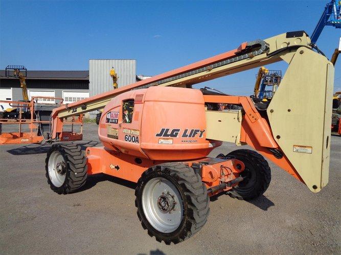 JLG 600A