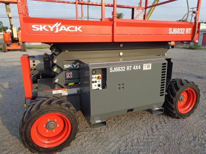 SKYJACK SJ6832RT