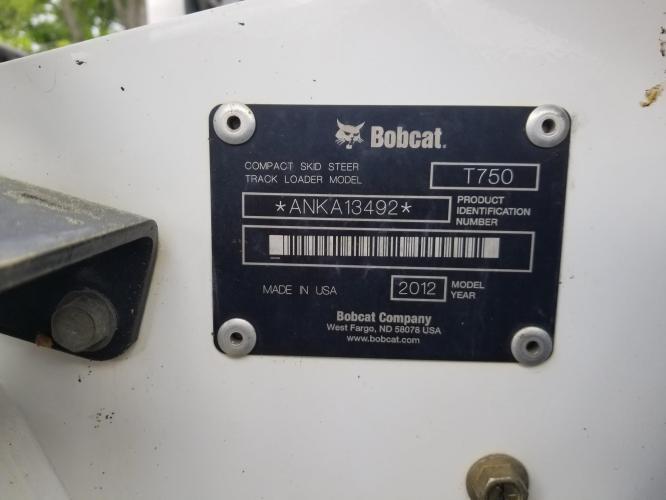 BOBCAT T750