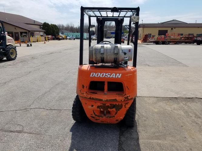 DOOSAN G25P-5