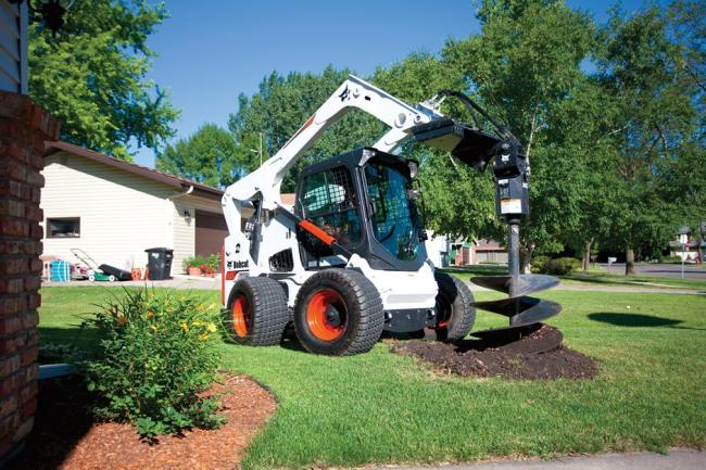 A770 Skid-Steer Loader