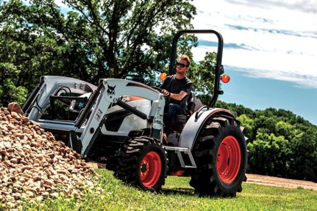 CT2035 Compact Tractor