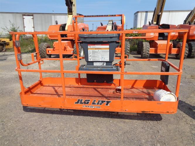 JLG 660SJ