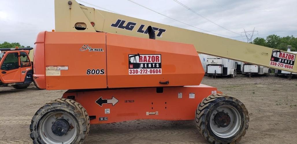 JLG 800S