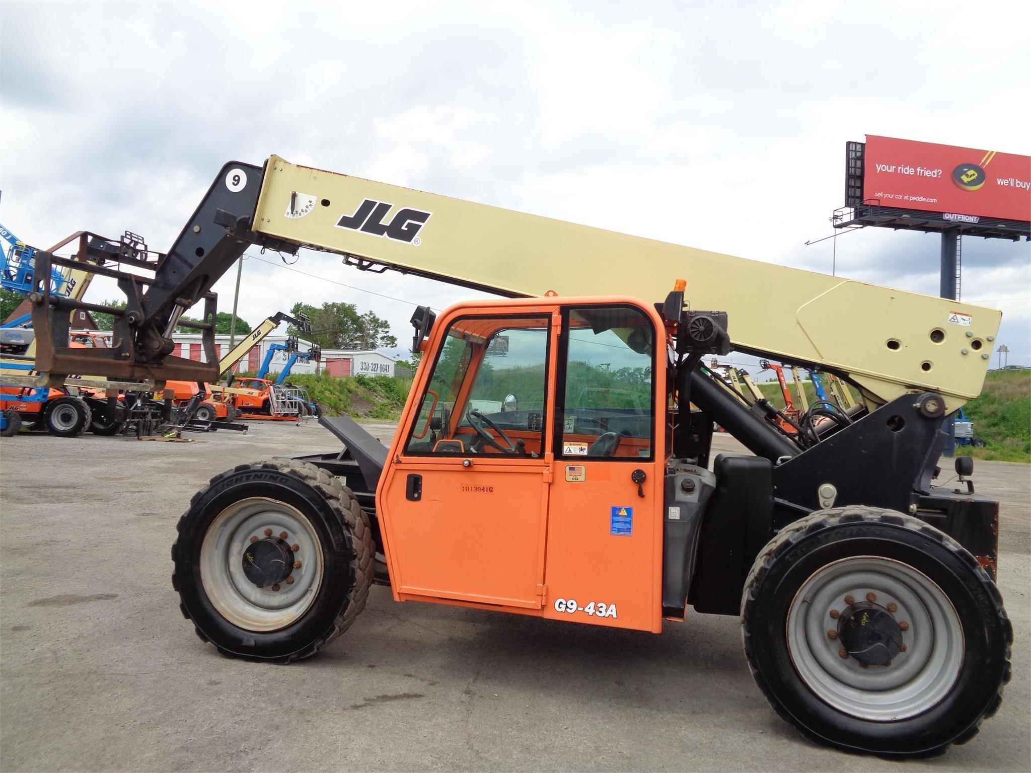 2013 JLG G9-43A