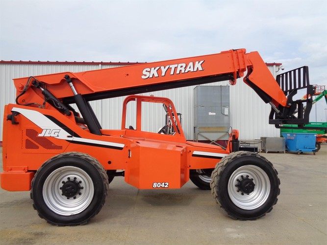 SKY TRAK 8042
