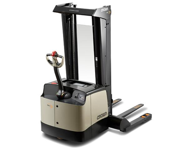 Crown SH/SHR/SHC Series Heavy Duty Walkie Stackers