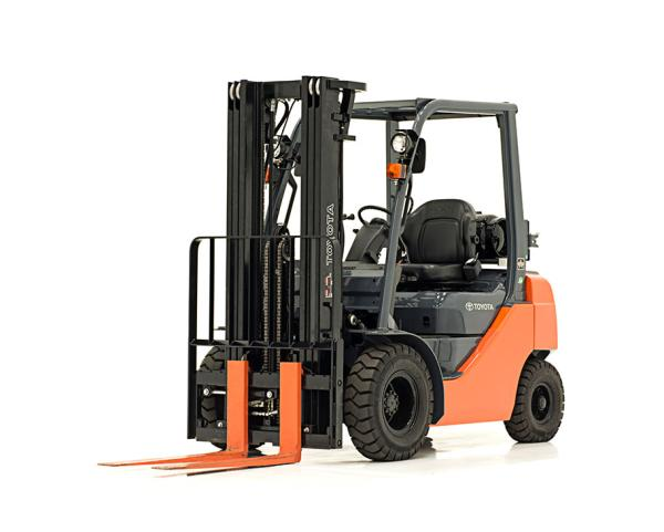 Toyota Core IC Pneumatic Forklift (3,000-6,500 LBS)