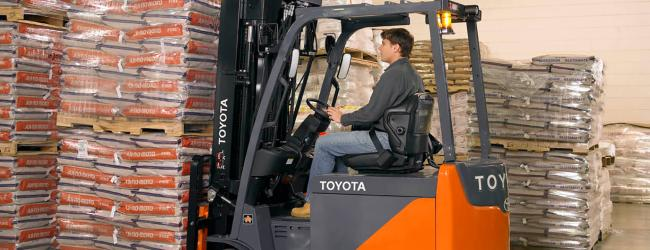 Core Electric Forklift