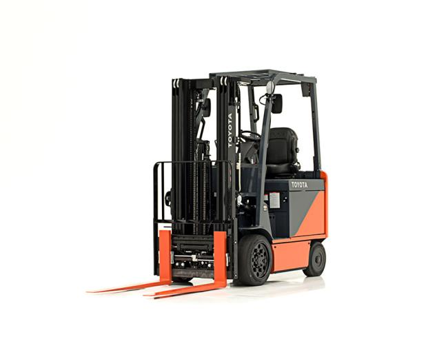 Core Electric Forklift (3,000-6,500 LBS)