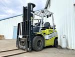Clark C25L Pneumatic Forklift