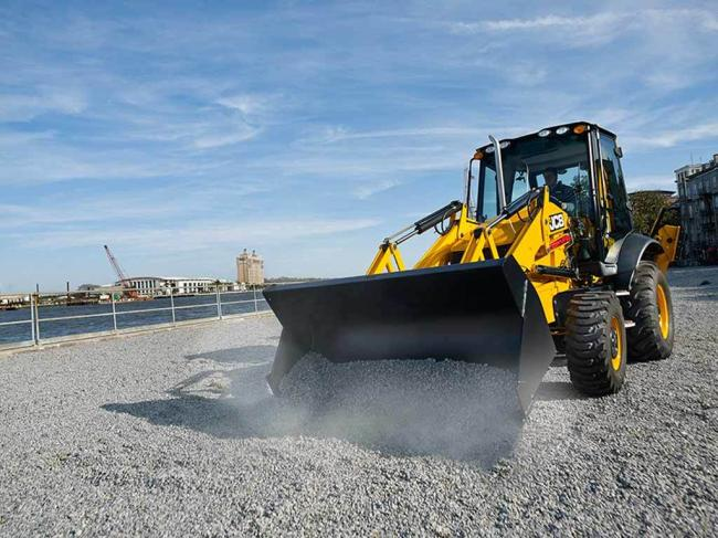 3CX-14 BACKHOE LOADER