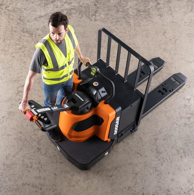 Electric Rider Pallet Trucks (6,000-8,000 LBS)