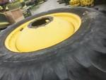 John Deere Titan/Firestone 520/85r42 combine dual set