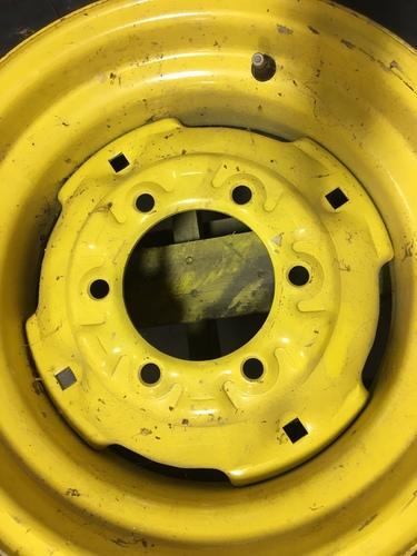 John Deere 7.60-15 T&W