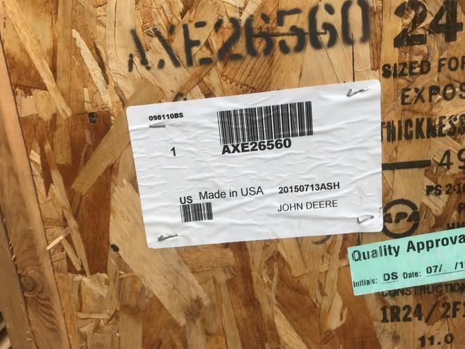 John Deere AXE26560 LH SIDE PANEL DOOR