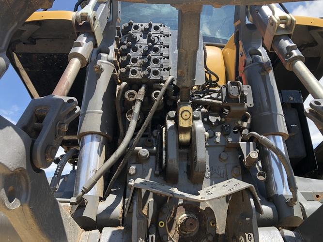 Challenger MT765D