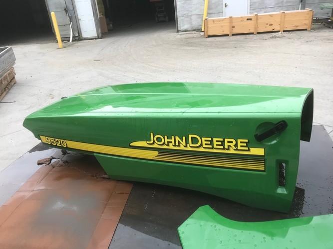 John Deere RE210053 HOOD 9520