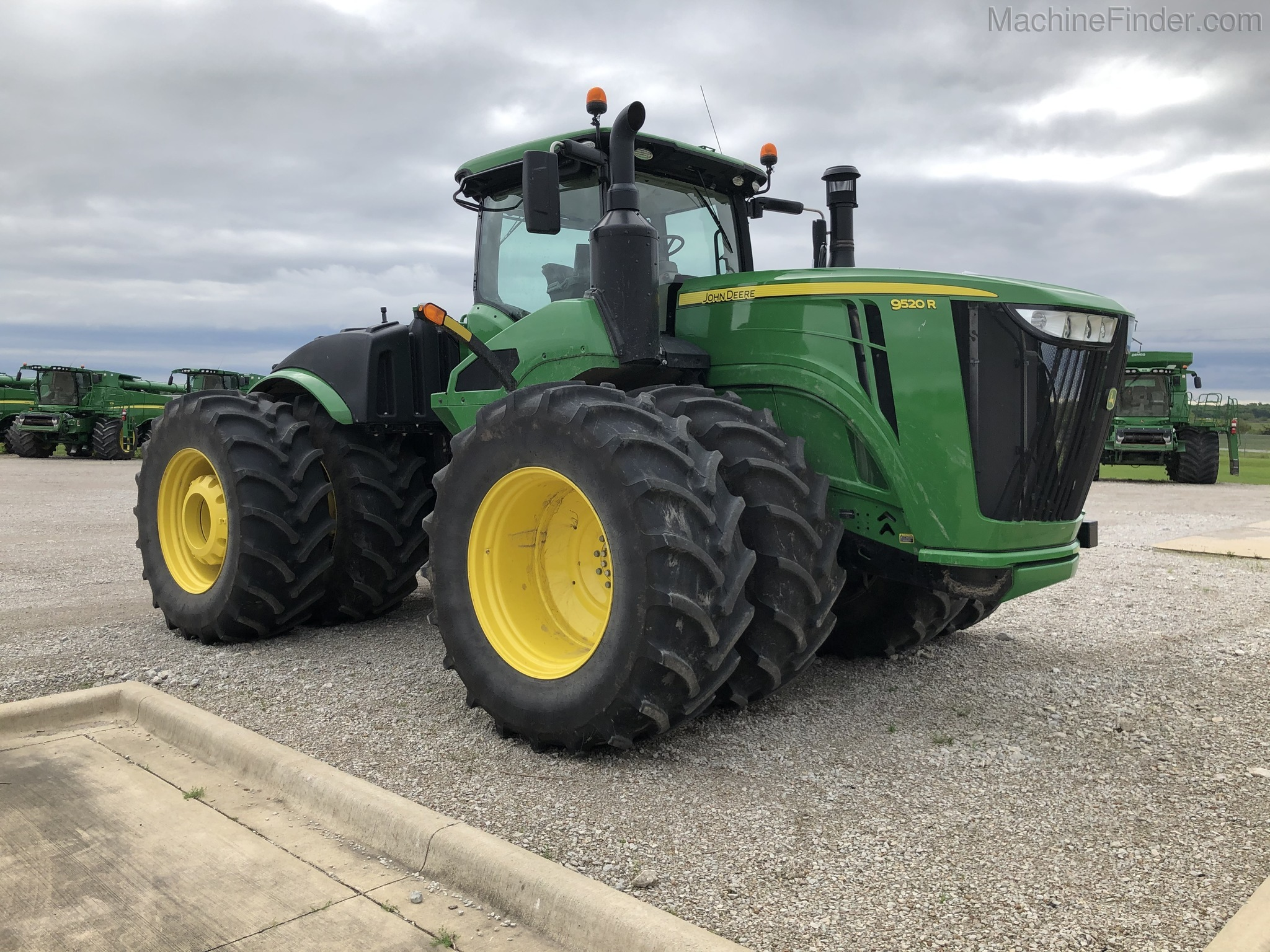 2019 John Deere 9520R