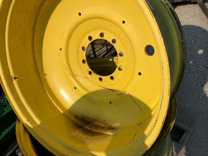 John Deere RE211631 DUAL RIMS