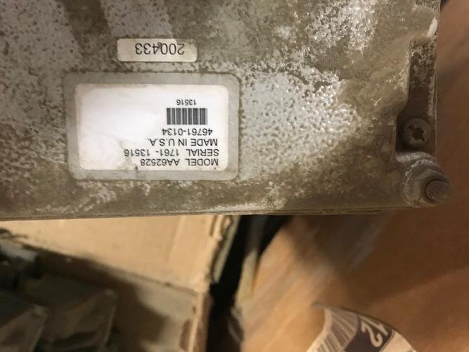 John Deere AA66528 WEDGE CONTROL
