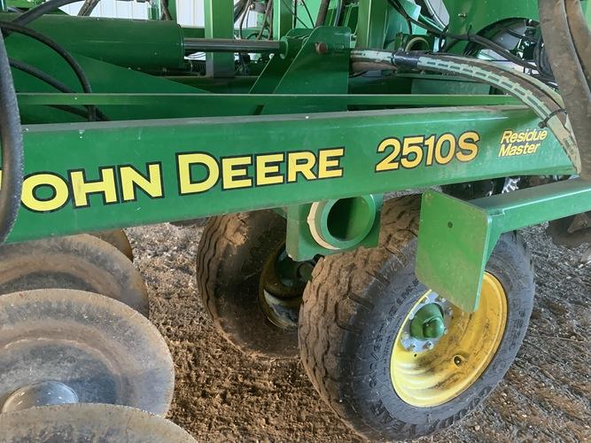 John Deere 2510S