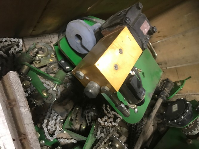John Deere Hydraulic Variable Drive kit - DB32