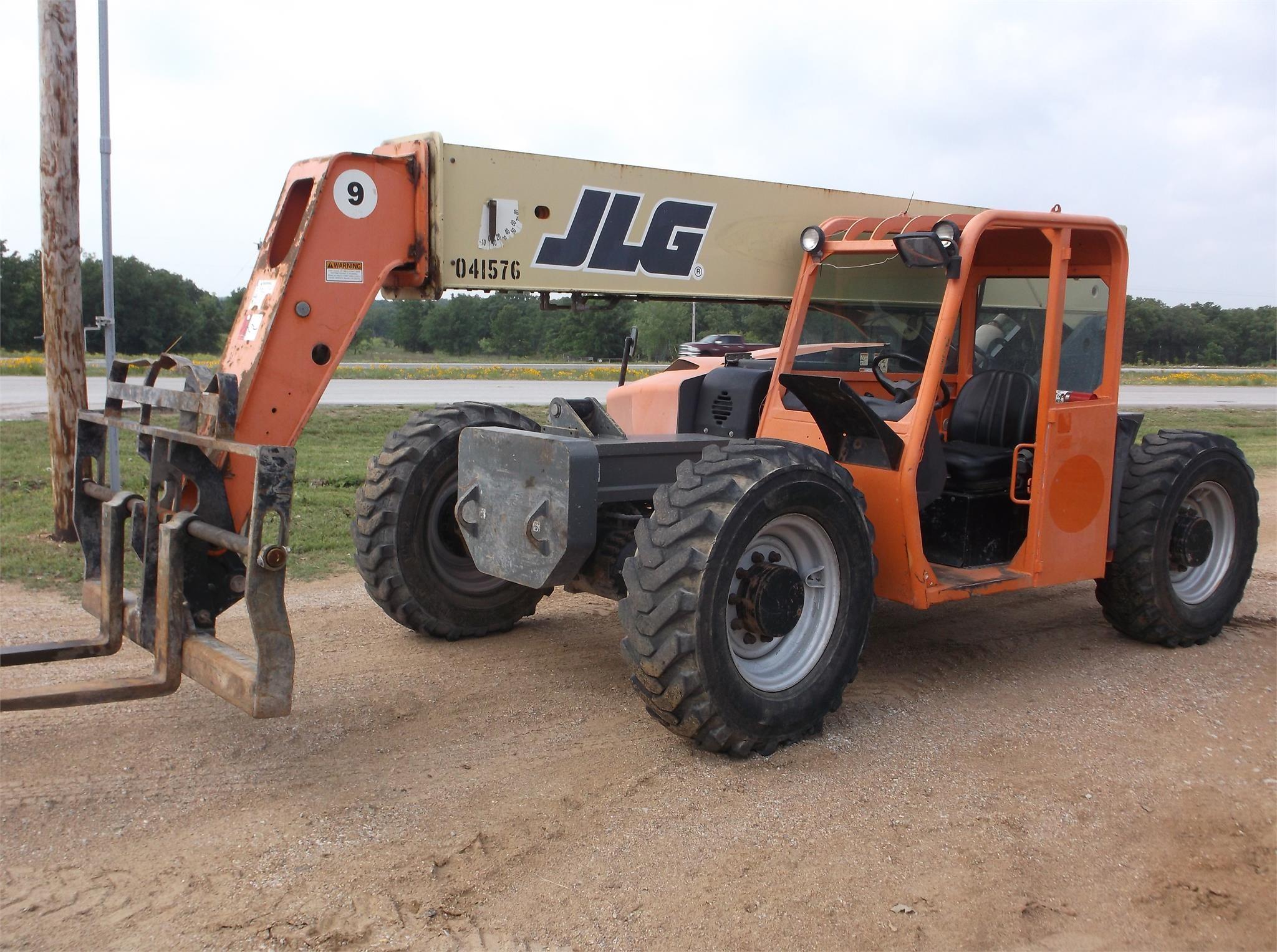 2011 JLG G9-43A