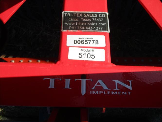 TITAN IMPLEMENT 5105