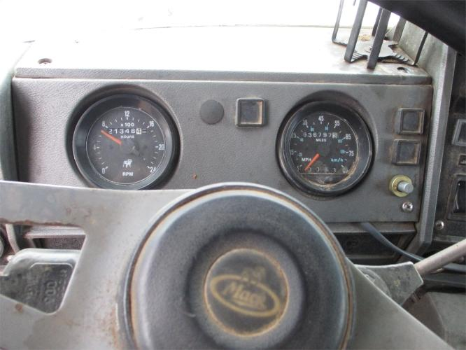 MACK RD600